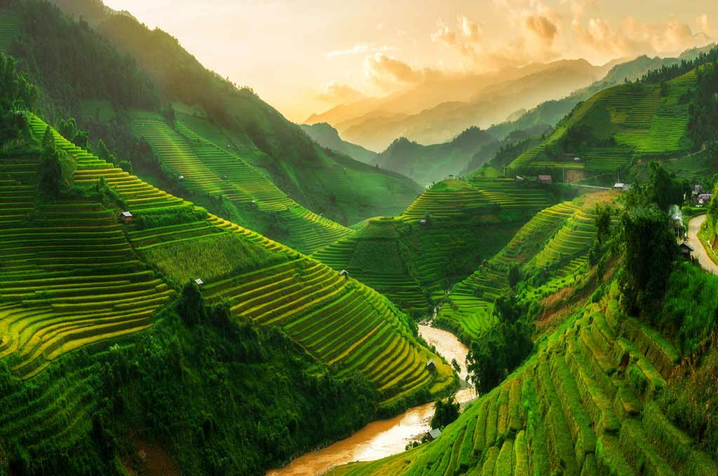 Easy Sapa Tour 3 Nights 2 Days (Overnight in Hotel)
